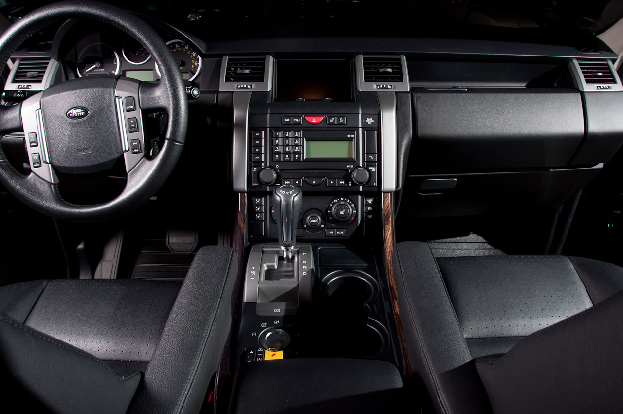 Land Rover Dealership Michigan >> Fox Motorsports